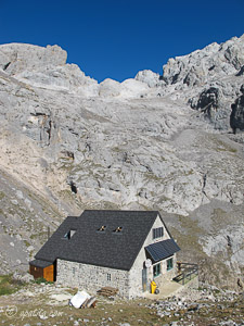 Refugio de Collado Jermoso