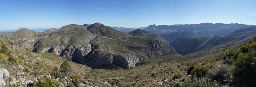Vista del barranco de l'Infern desde la sierra de la Carrasca