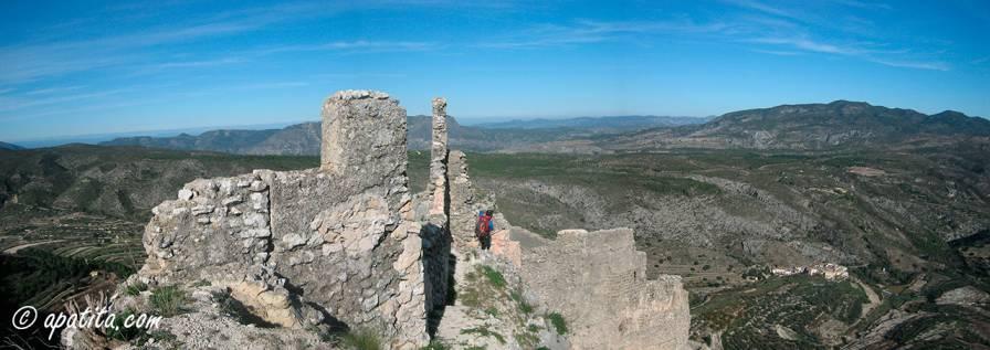 Vista del Castell d'Alcalà