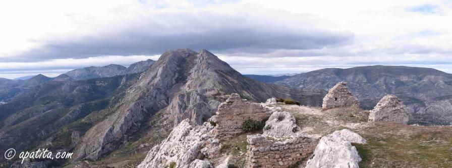 Vista de la Mallada del llop desde el Castellet