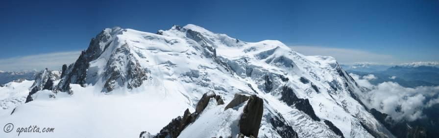 Vista del Tacul, Maudit y Mont Blanc