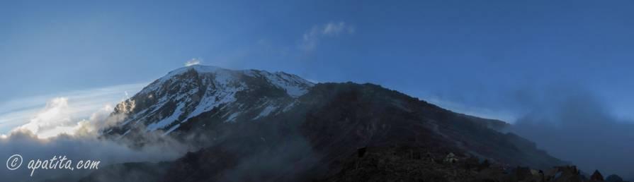 Vista del Kilimanjaro desde Barafu Hut