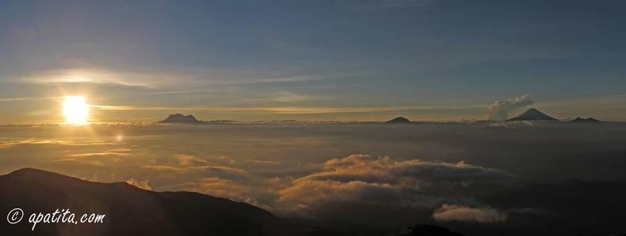 Amanecer desde el refugio del Guagua Pichincha
