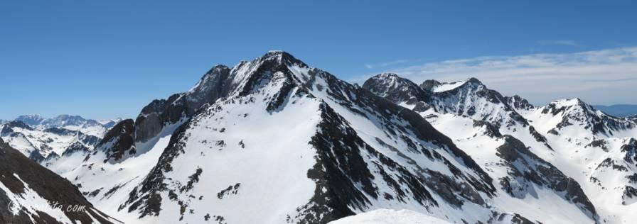 Vista de los picos del Infierno desde Tebarray