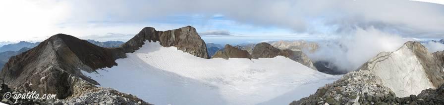 Vista del Vignemale y glaciar de Ossoue desde el pico Central