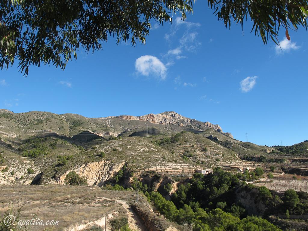 Vista de la Penya Migjorn desde Tibi