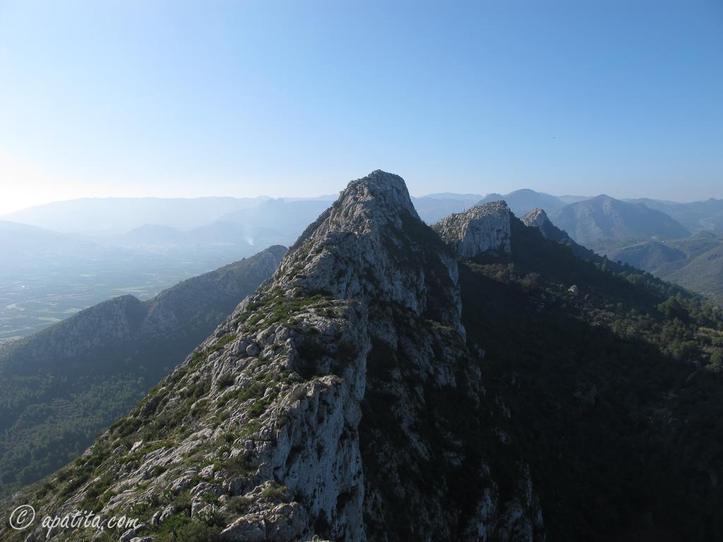 Vista oeste de la sierra de Segaria