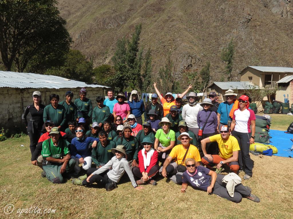 Grupo del Camino Inca al comienzo de la ruta