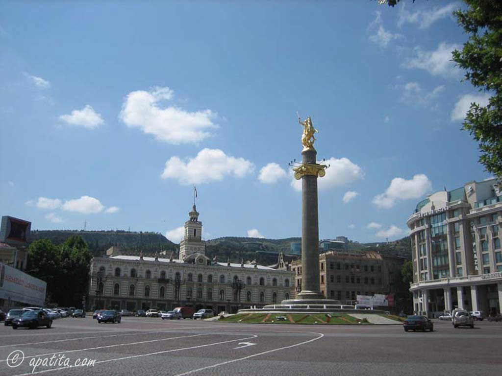 Plaza de Tavisupleba (plaza de la libertad), en Tbilisi